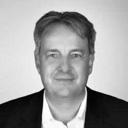 Portrait: Dr. Frank Waltmann